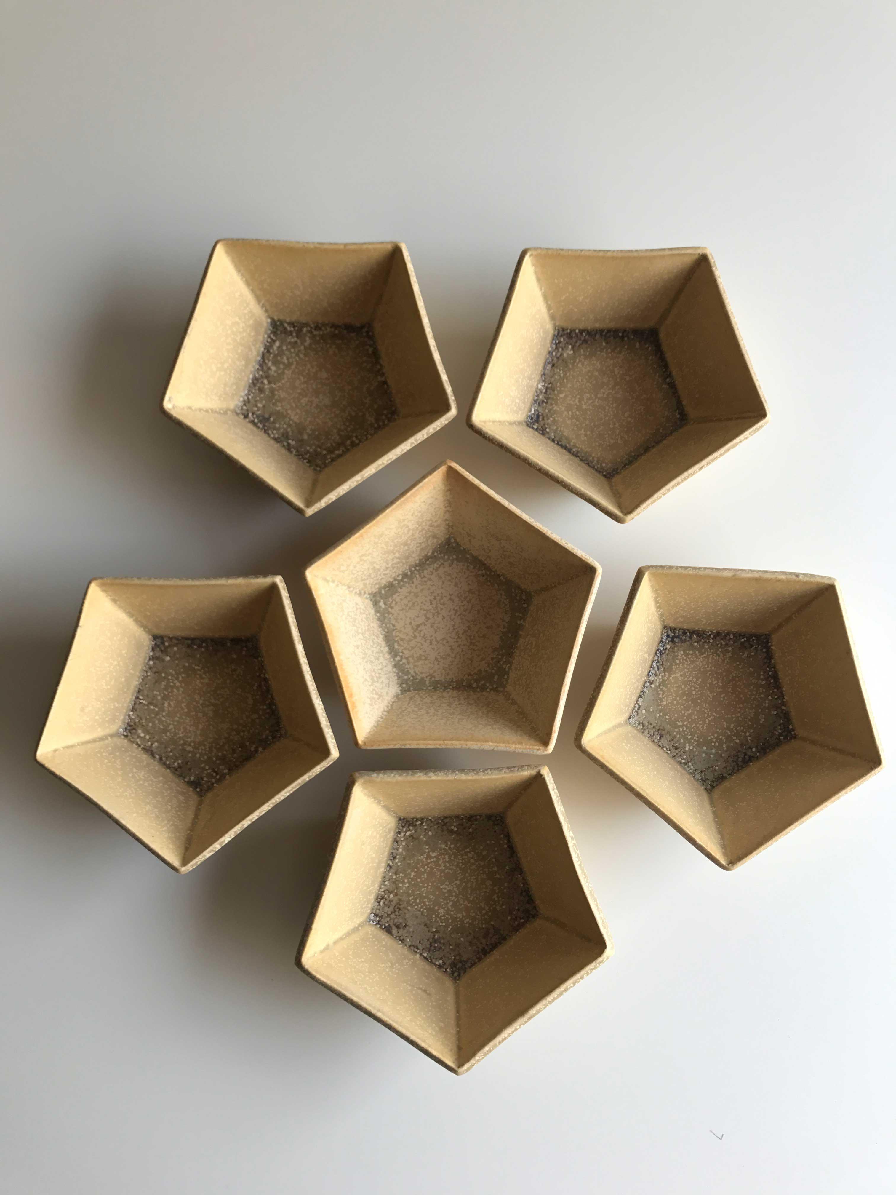 黄檗五角小鉢